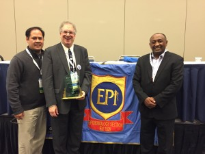NJPHA's Stan Weiss receives the Wade Hampton Frost Award for his contributions in epidemiology